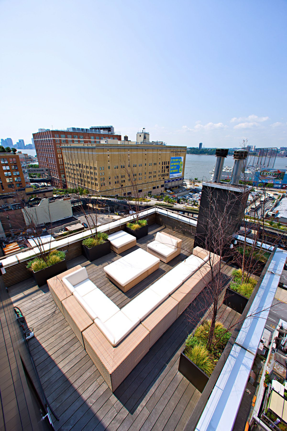 Remodelled Rooftop Apartment In New York Idesignarch