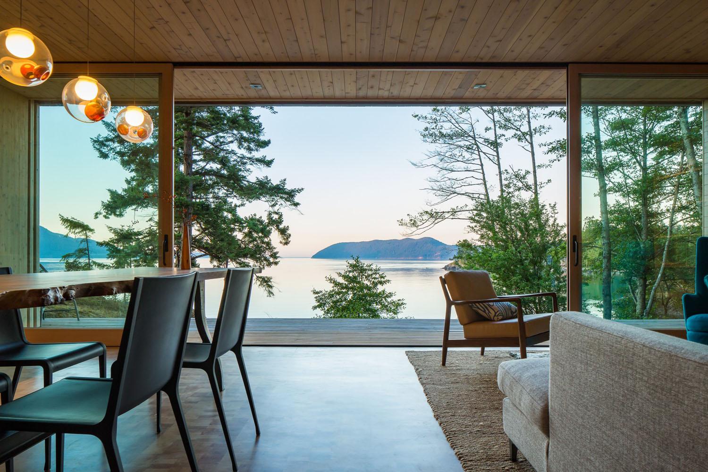 Environmentally Friendly Seaside Retreat in the Pacific Northwest  iDesignArch  Interior
