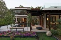 Courtyard Home Design