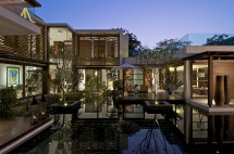 Contemporary House with Courtyard