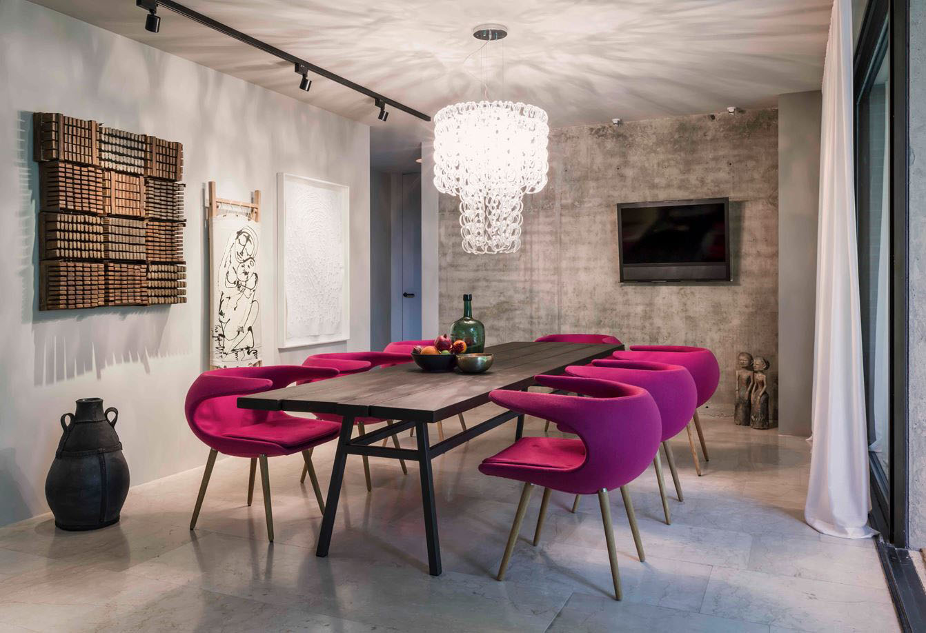 Contemporary Style Renovated Bungalow Offers Timeless Urban Living Idesignarch Interior Design Architecture Interior Decorating Emagazine