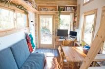 Living Tiny House On Wheels Interiors