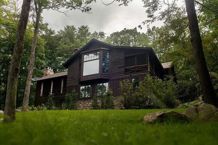 Timeless Adirondack Cabin In Upstate New York