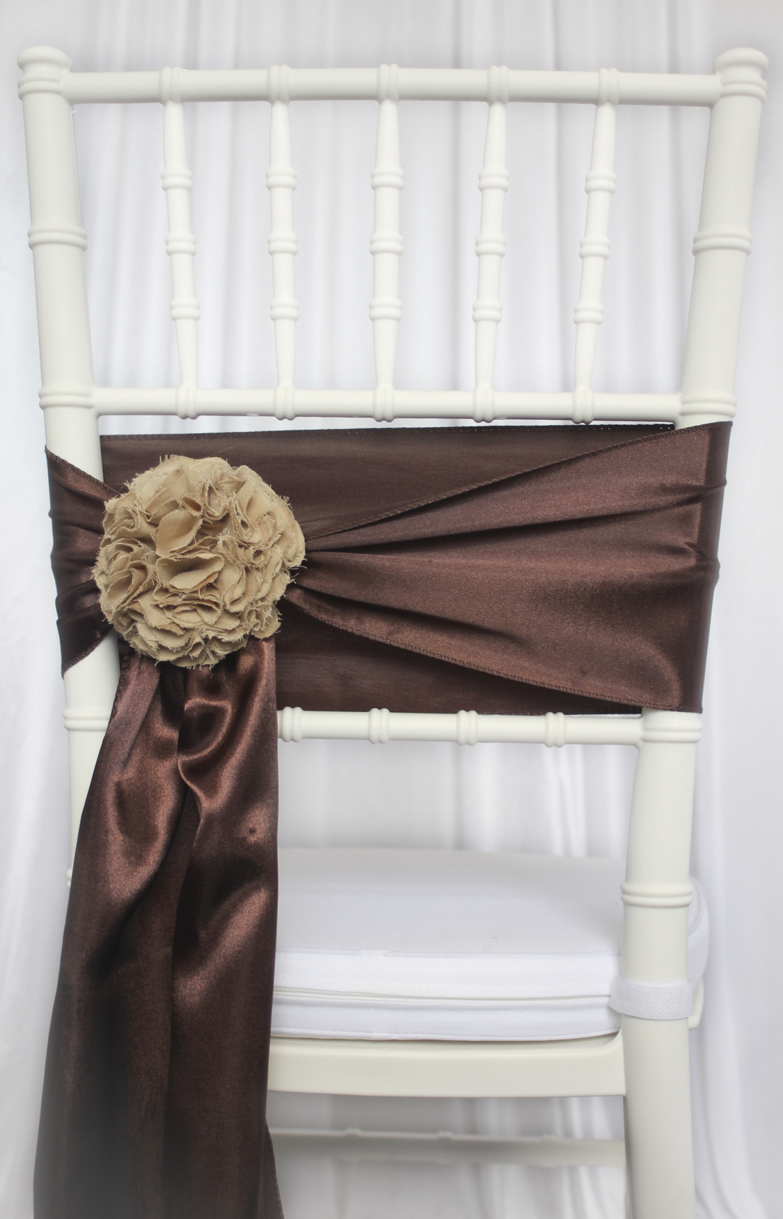 gold chair covers with black sash cool chairs for bedrooms satin cover
