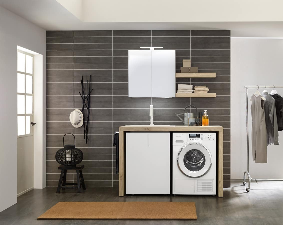 Mobile da lavanderia dalle dimensioni contenute