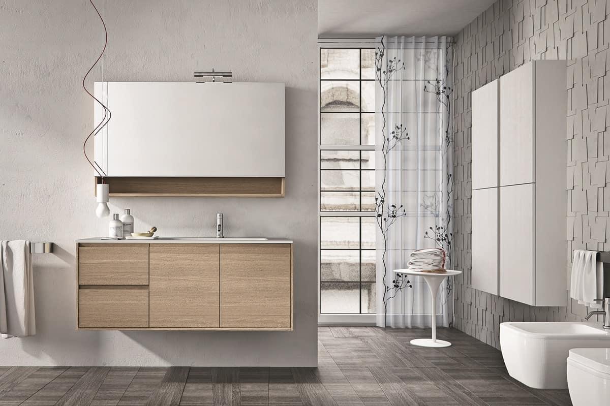 Composizione di mobili per bagno con mensola e specchiera