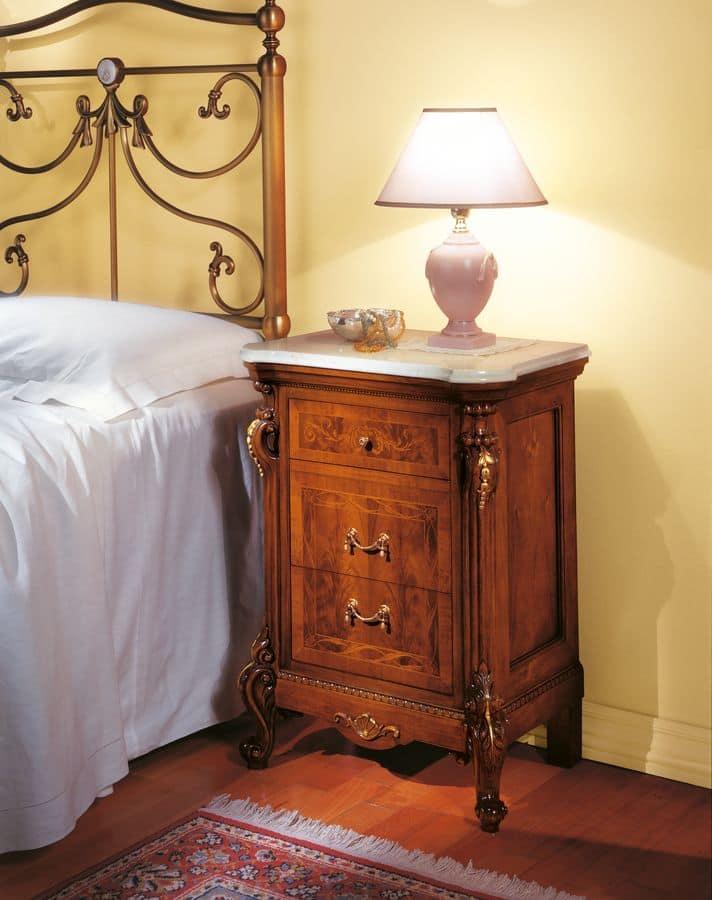 Comodino in noce per camere da letto classiche  IDFdesign