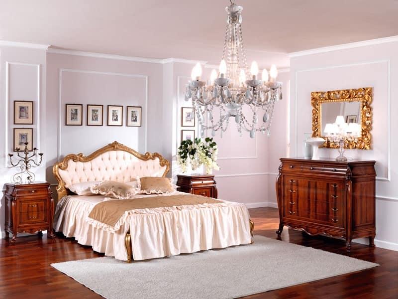 Settimino classico, per camere da letto. Comodino In Legno In Stile Classico Per Camera Da Letto Idfdesign