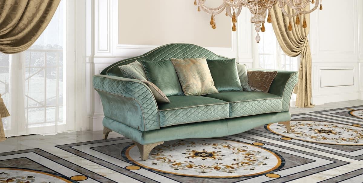 Lussuoso divano in stile classico in pregiato tessuto verde  IDFdesign