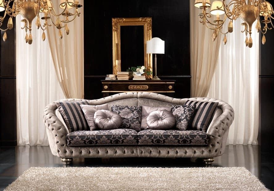 Elegante divano in stile classico  IDFdesign