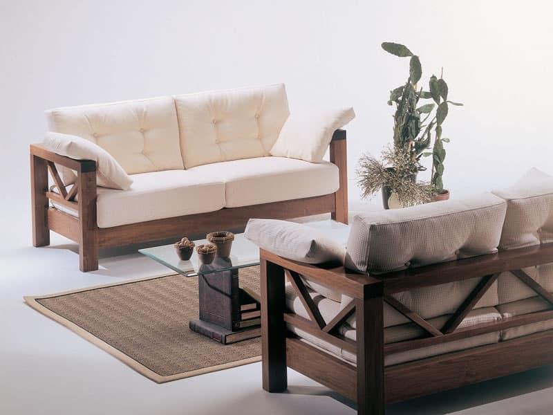 Divano con legno a vista dal design sobrio per veranda