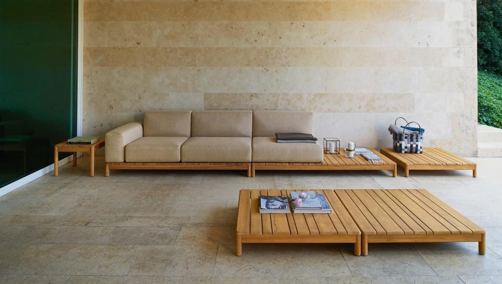 Divano componibile in legno massello con elementi