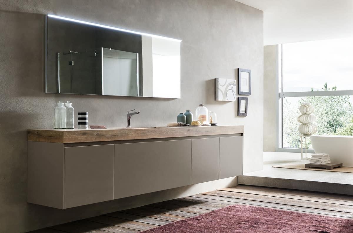 Ricercato mobile da bagno con piano e lavabo effetto legno
