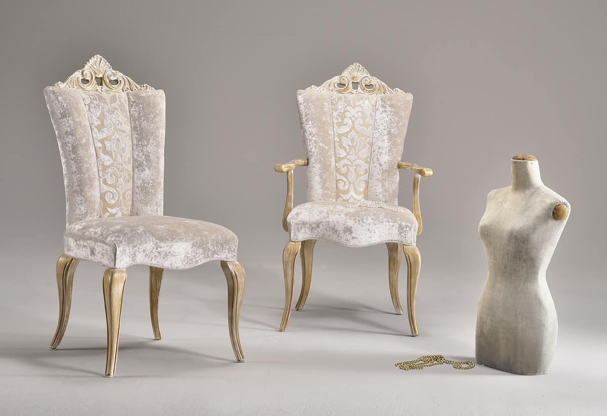 Sedia da pranzo rivestita con eleganti tessuti stile classico  IDFdesign