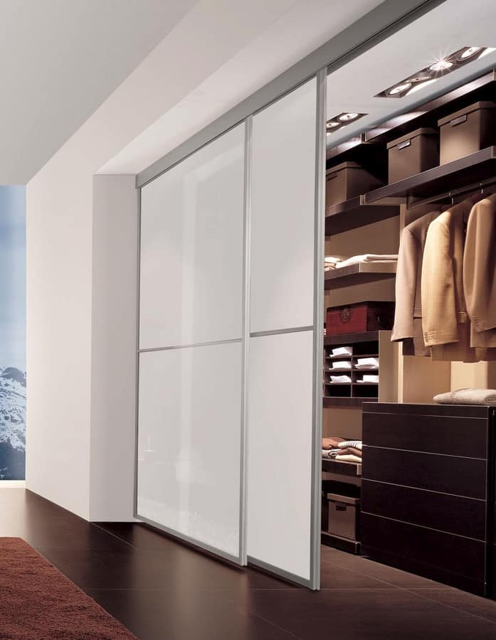 Porte scorrevoli con telaio in alluminio per cabina