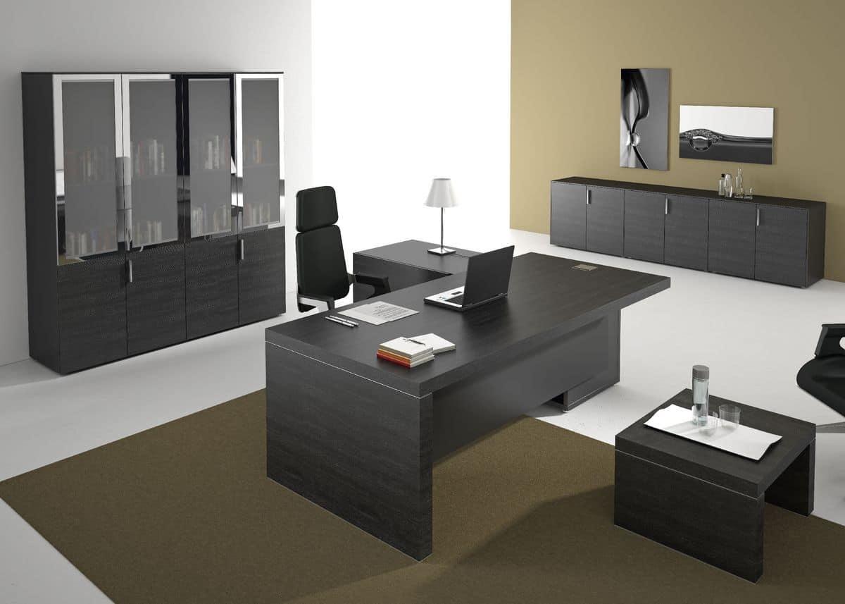 Arredamento per uffici direzionali in stile moderno