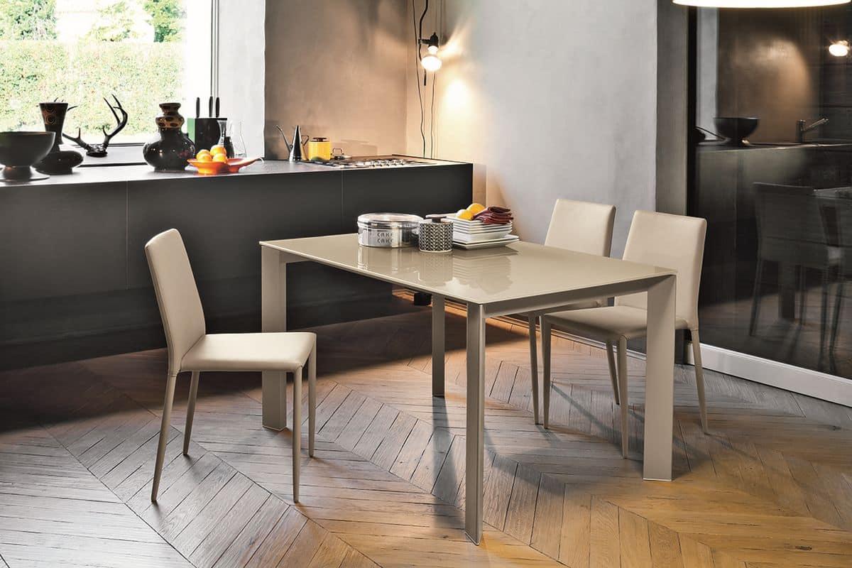 Tavolo allungabile con piano in vetro per cucine moderne  IDFdesign