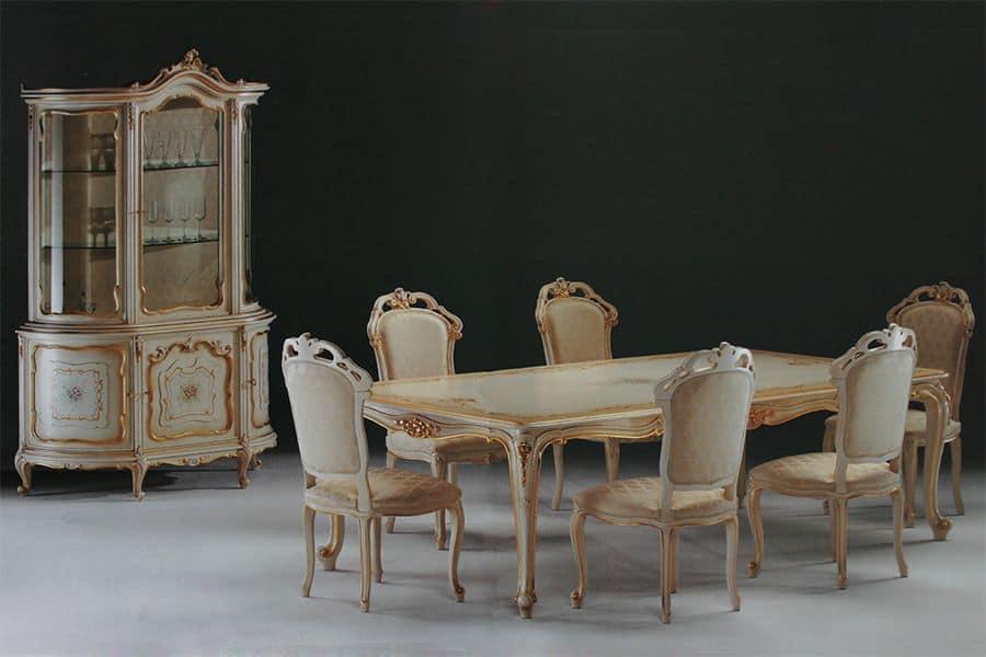 Tavolo rettangolare intagliato per ambienti in stile