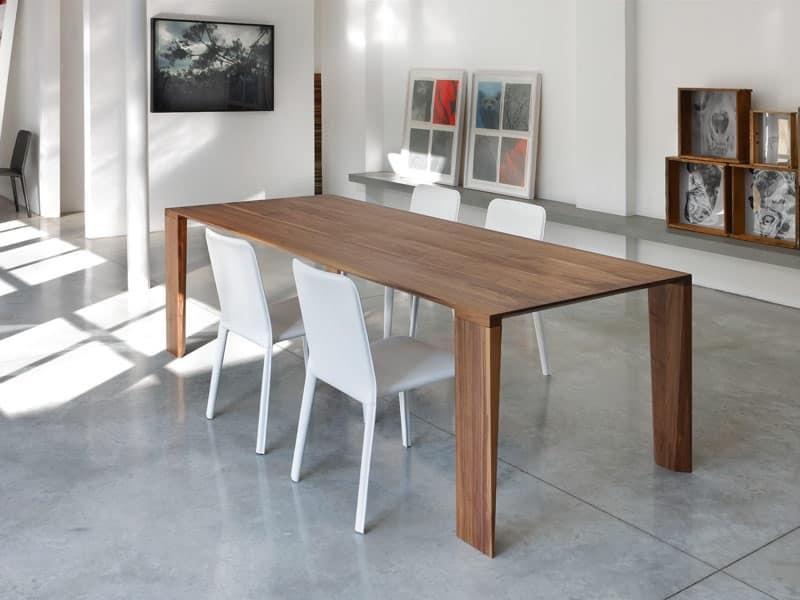 Tavolo fisso in legno massello per cucina moderna