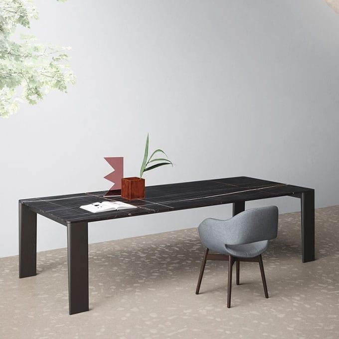 Tavolo design gambe in legno piano sottile per salotto  IDFdesign
