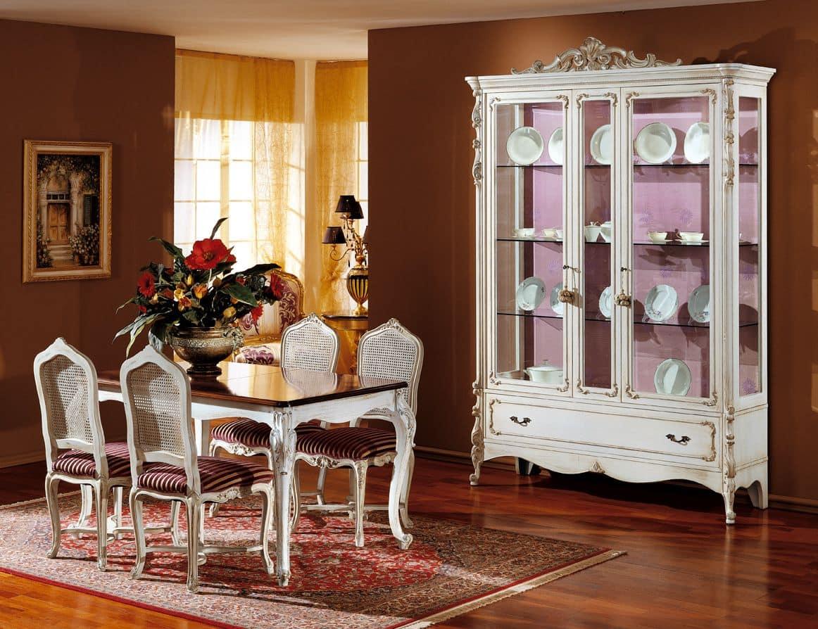Vetrina in legno laccato bianco stile classico di lusso  IDFdesign
