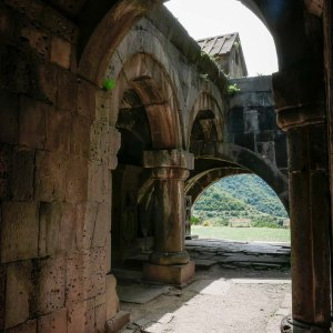 Monastero-Haghpat-georgia-armenia-in-moto-11