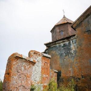 georgia-armenia-in-moto-monastero-Hayravank-6
