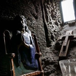 georgia-armenia-in-moto-monastero-Hayravank-9