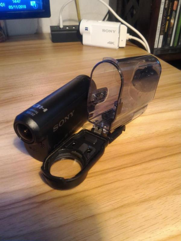 sony-hdr-as-20-4