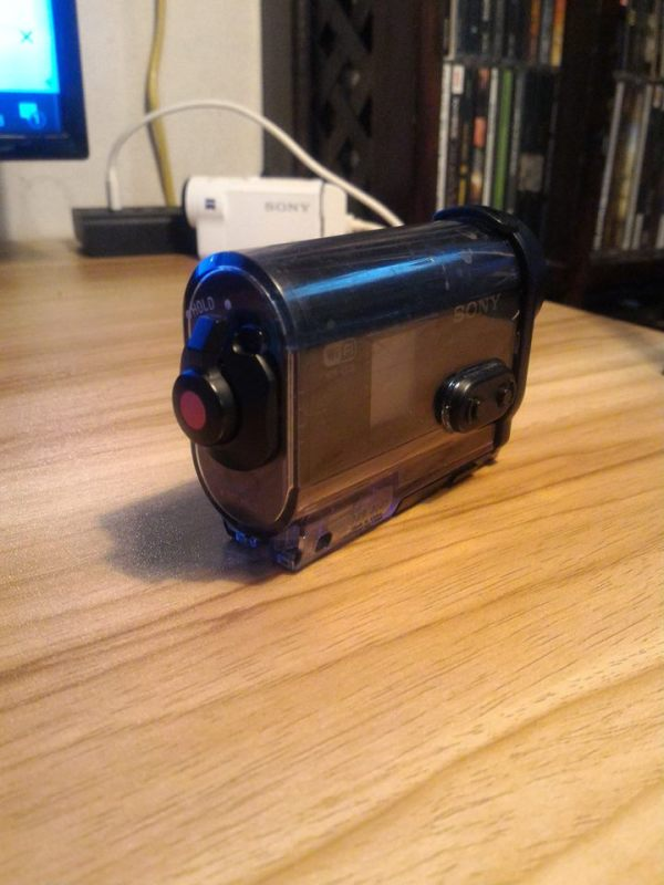 sony-hdr-as-20-5