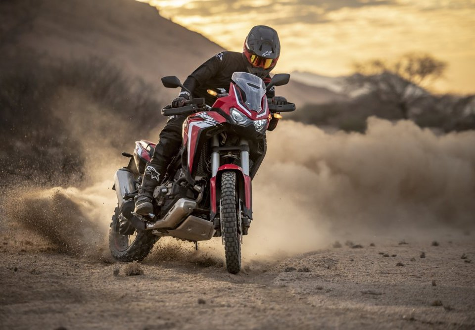 nuova-africa-twin-1100-2020-crf1100l-13