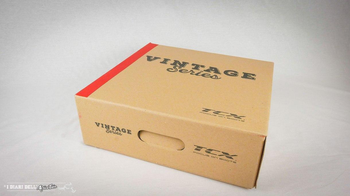 unboxing-recensione-tcx-hero-waterproof-stivali-vintage-moto-23