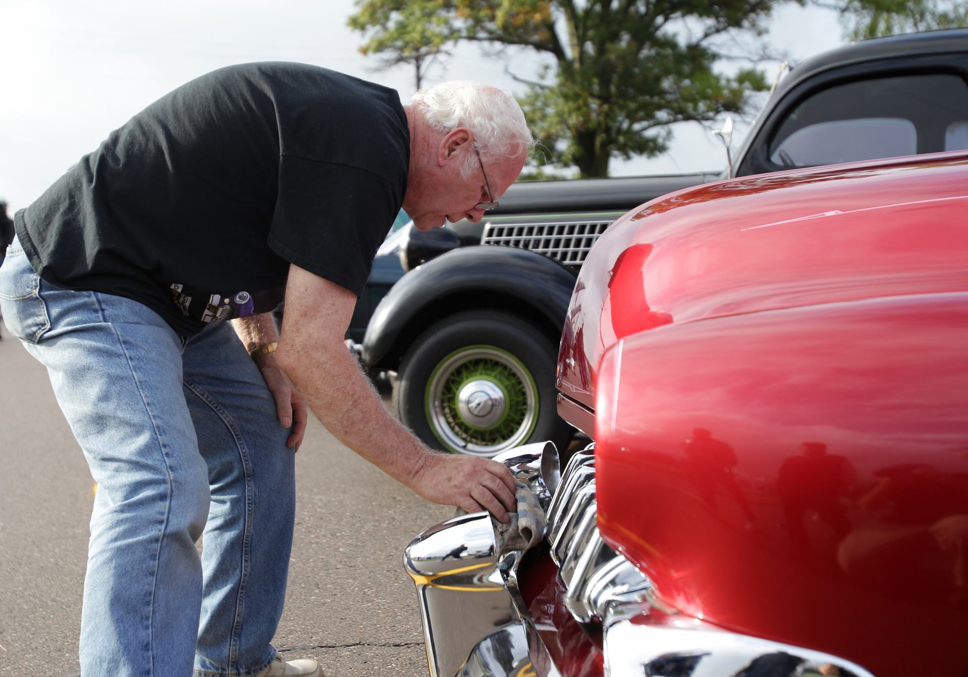 hight resolution of annual car show open house