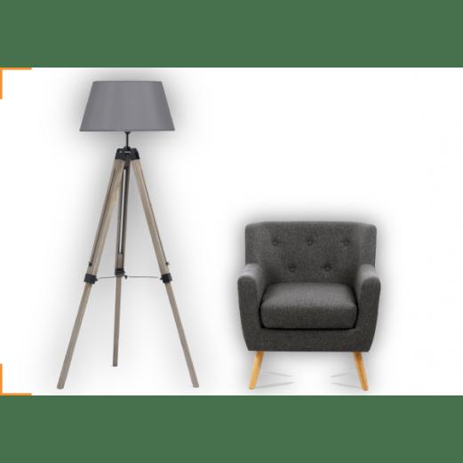 1 lampadaire trepied bois fonce gris 1 fauteuil scandinave tissu gris anthracite