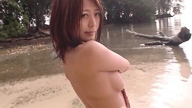 無【森はるか】Gカップ4 セクシー水着と濡れBODY