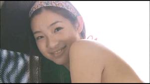 【足立梨花】-カップ5 日常生活の中の何気ないセクシーさ