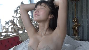 【小倉優香】Gカップ7 超神BODY!惹きつけて離さない魅惑の水着姿!