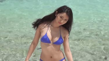 【浅川梨奈】Eカップ16 ヤンマガ!グアム撮影!綺麗なビーチと神おっぱいのいい女!