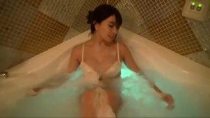【森咲智美】Gカップ23 すべてがセクシーすぎる!入浴シーンがこちら!