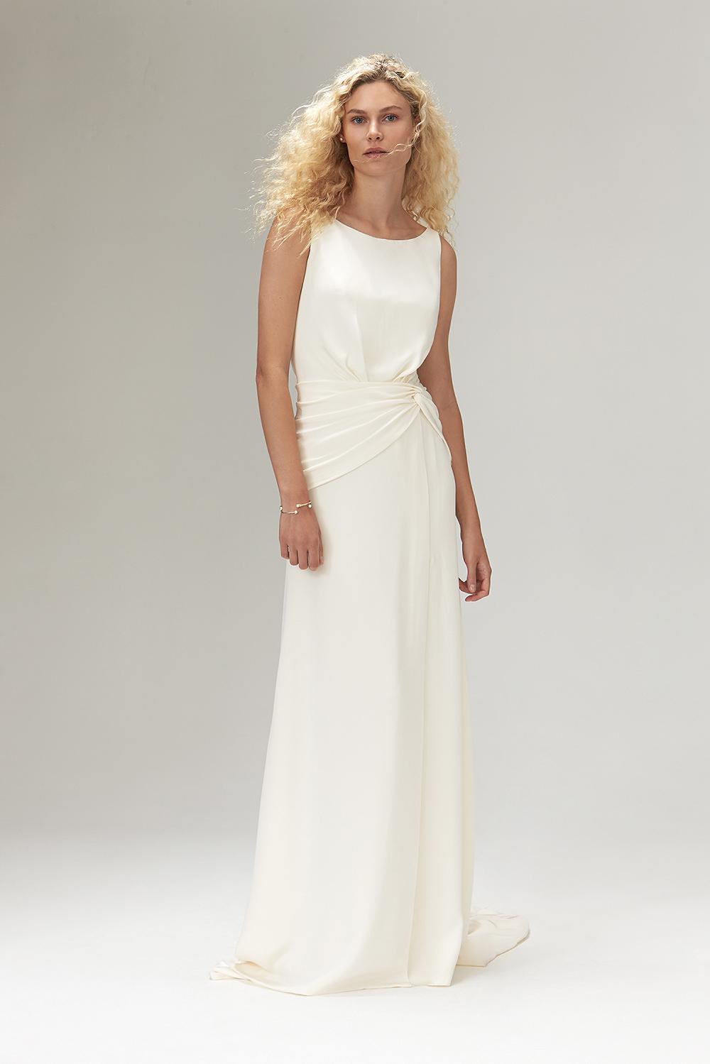 250ce1ea4e 13 Gorgeous Dresses for Older Brides  2019 Edition