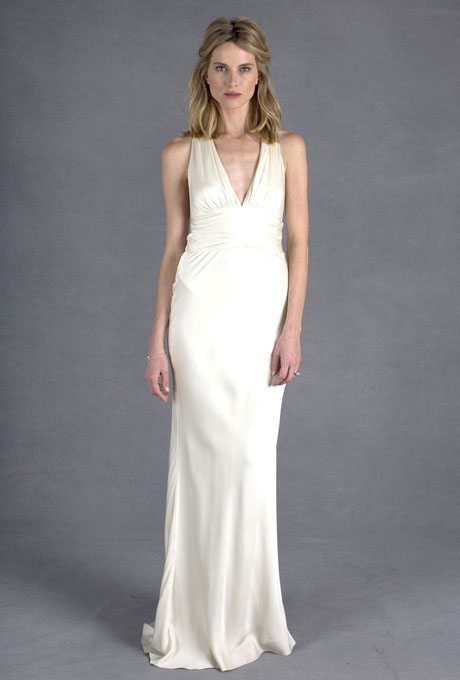 The Perfect Fit: Halter Top Wedding Gowns For Older Brides