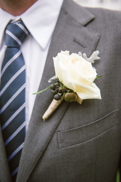Simple, Fall Boutonnieres for Your Groom
