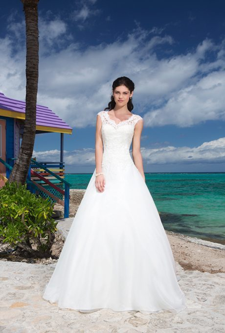 Traditional, Beautiful Bridal Gowns for your Second Wedding
