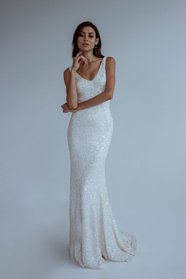 antoinette by karen willis wedding gown