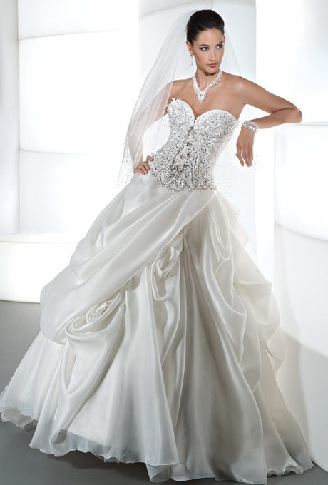 Gorgeous demetrios gowns coming in plus sizes for Wedding dresses for young brides