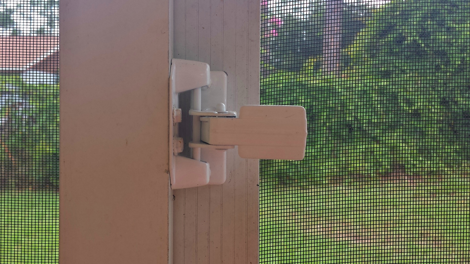 Patio Screen Door Repair
