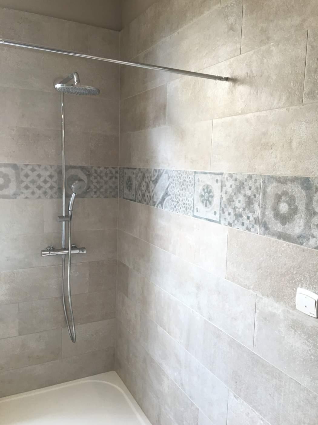 Vente de faence pour salle de bains Eguilles 13510  Carrelage intrieur et extrieur