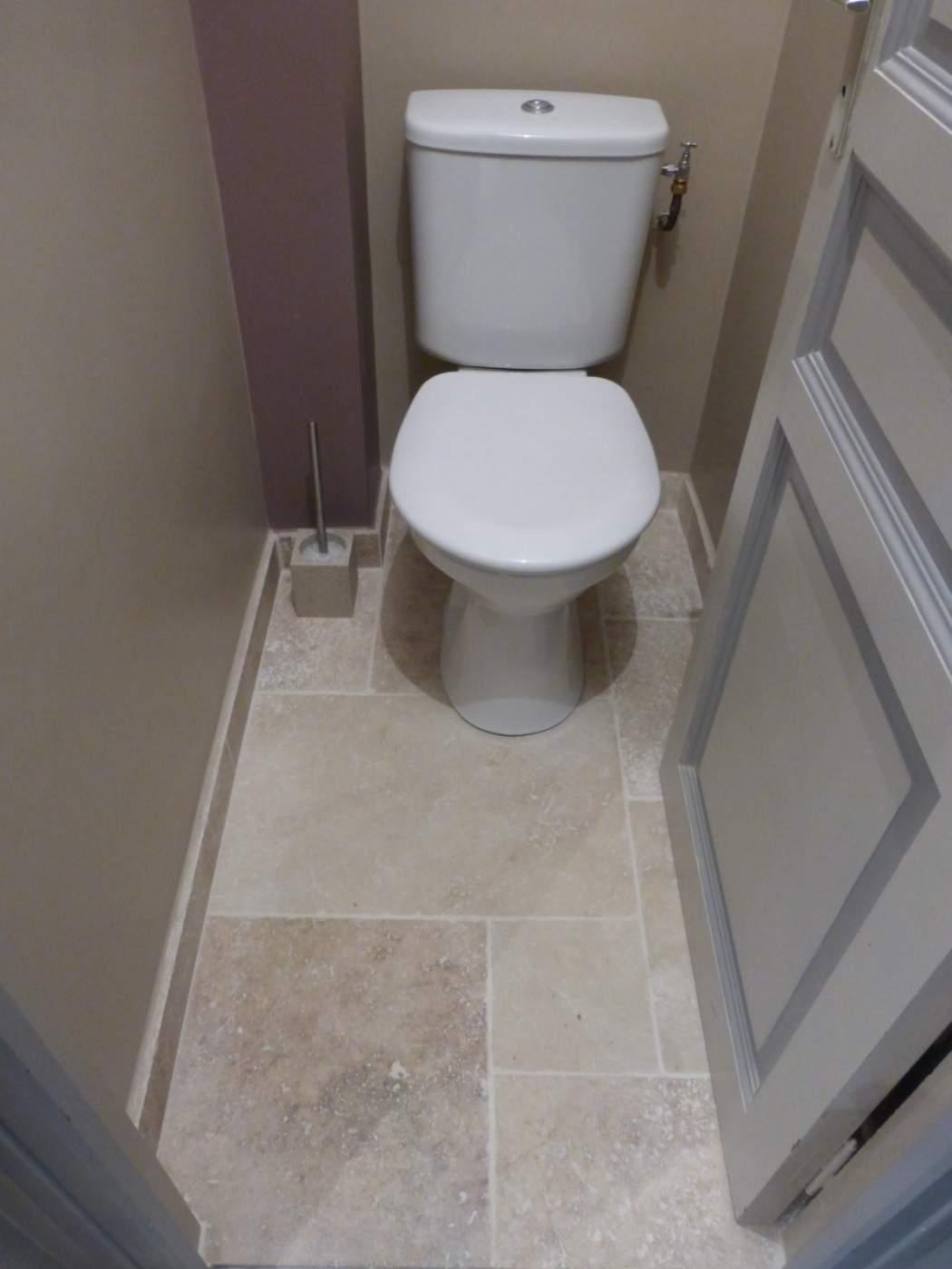 Rnovation dune salle de bains  WC en travertin sur Vitrolles  Carrelage intrieur et
