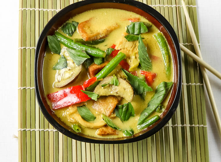 thai kitchen green curry chicken low carb thai green curry with chicken recipe i of 8443