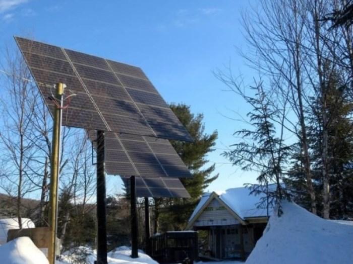 Maison L'Écuyer - 13 000 w de panneaux solaires connectés au réseau d'Hydro-Québec
